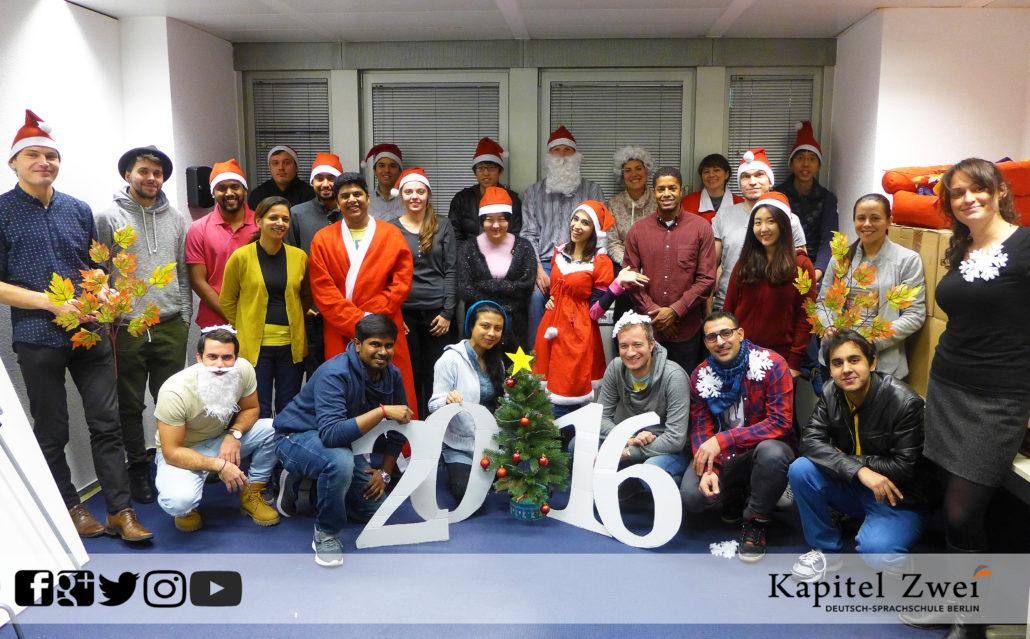 Kapitel Zwei Berlin Weihnachten Klassenfoto