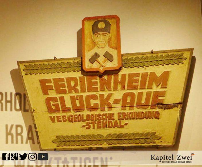 Kapitel Zwei Berlin Alltag DDR 16