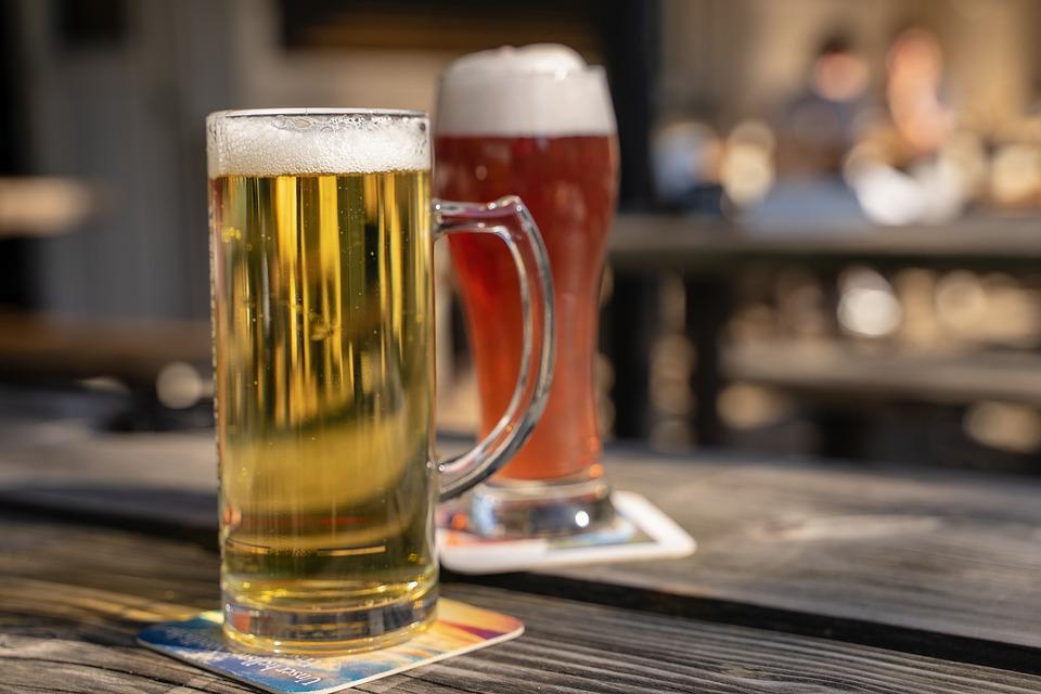 Biergarten Stammtisch Kapitel Zwei
